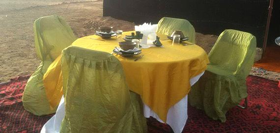 desert-camping-restaurant-4